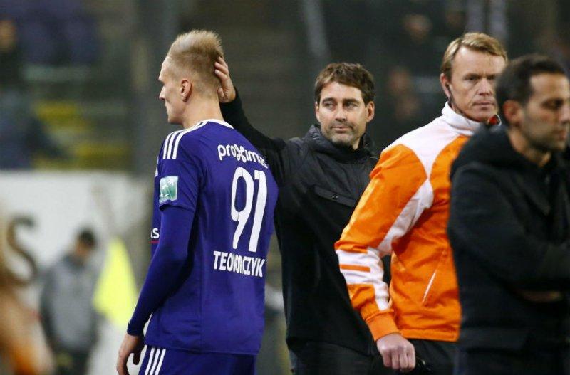 'Teodorczyk zal nog voor de play-offs dit aantal goals scoren'