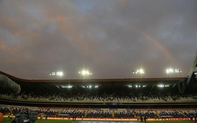 Standard-fans besmeuren stadion van Anderlecht