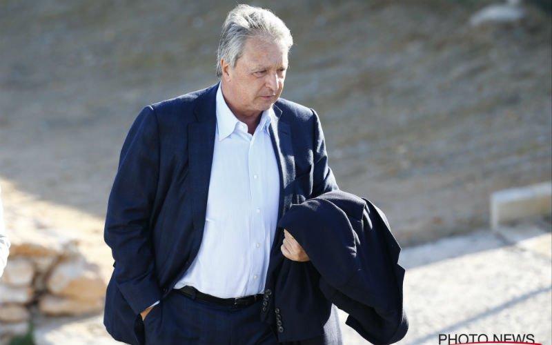 'Van Holsbeeck sjoemelde erop los, Coucke zette hem daarom aan de deur'