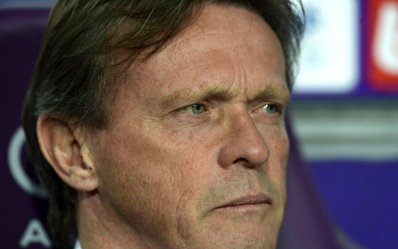 'Vercauteren met handen in het haar in aanloop naar Club Brugge'