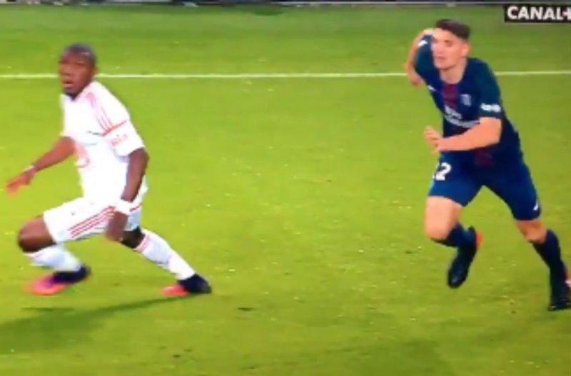 Meunier scoort dit formidabel doelpunt voor PSG (Video)