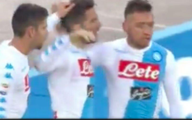 Mertens graait ook zijn doelpuntje mee (Video)