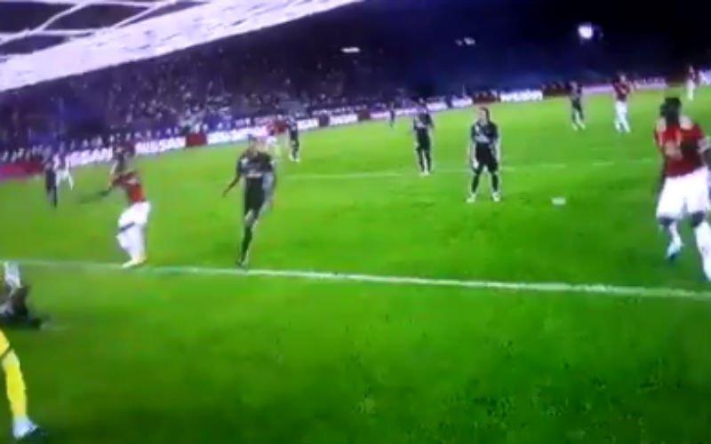 Een enorme misser van Lukaku (Video)