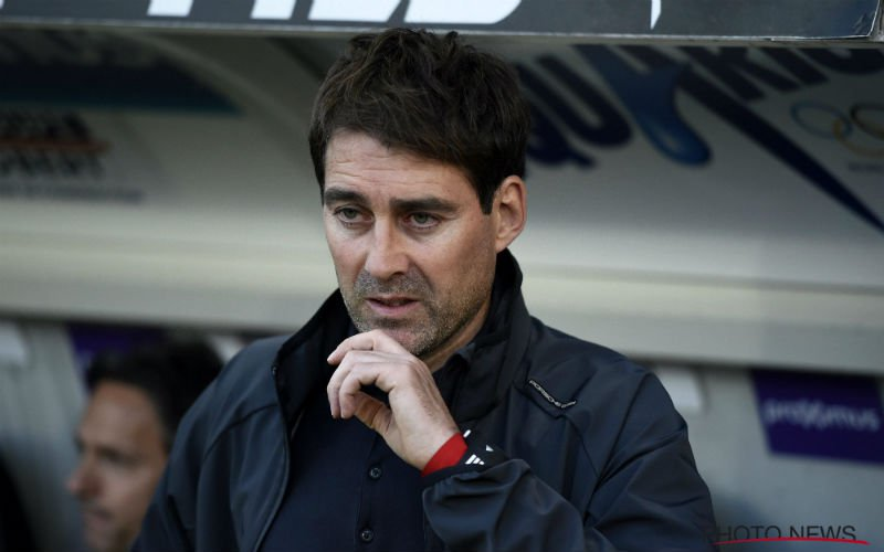 'Weiler grijpt keihard in en zet 11 spelers aan de deur bij Anderlecht'