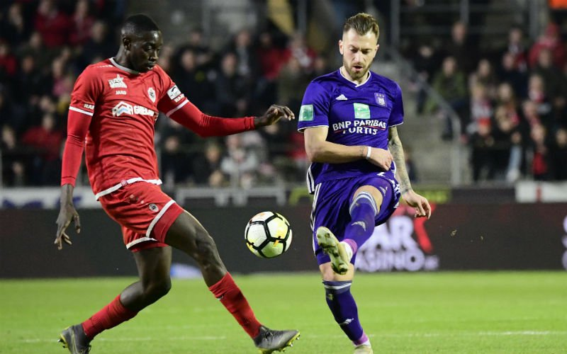 Anderlecht-speler Zulj daagt Club Brugge keihard uit: